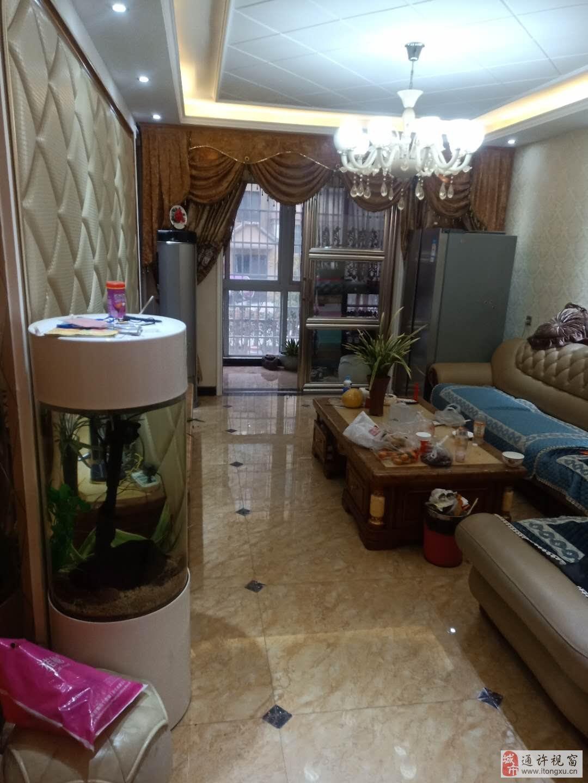佳莱花园3室2厅1卫55万元一楼有地暖精装有证