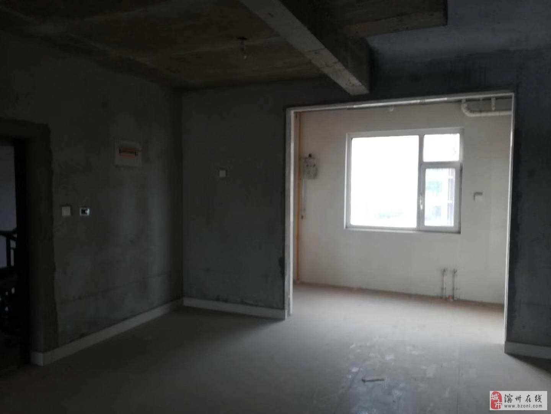 实验名额未占格林春天13楼毛坯房带地下车库配合贷款