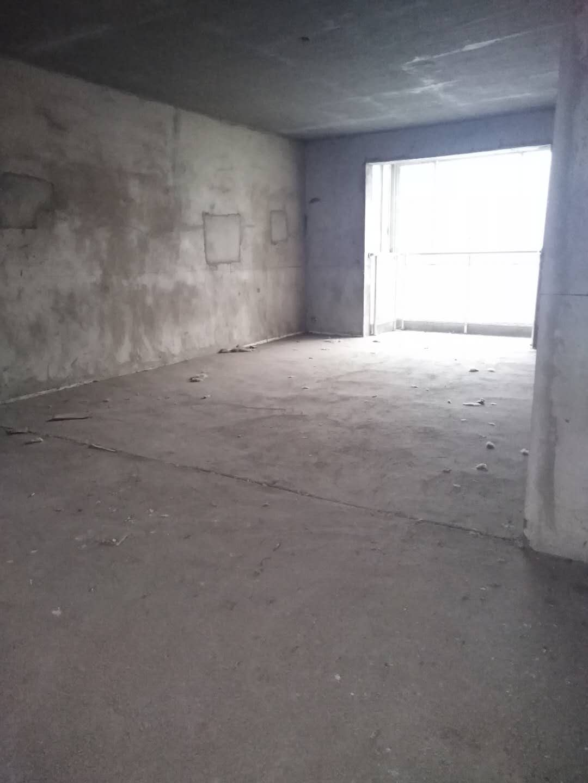 观府小区3室2厅2卫62万元