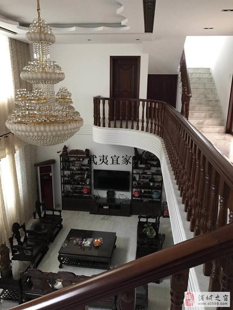 兴浦东区买家具送房子6室3厅4卫310万元