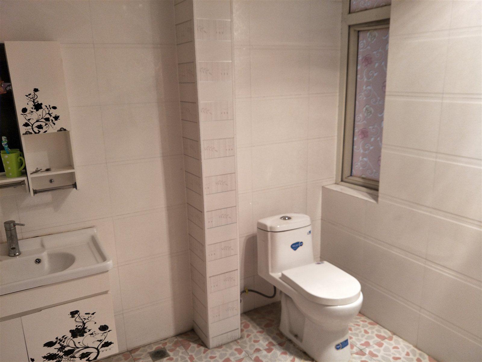 丽景博雅苑  3室2厅2卫  70万元 可分期