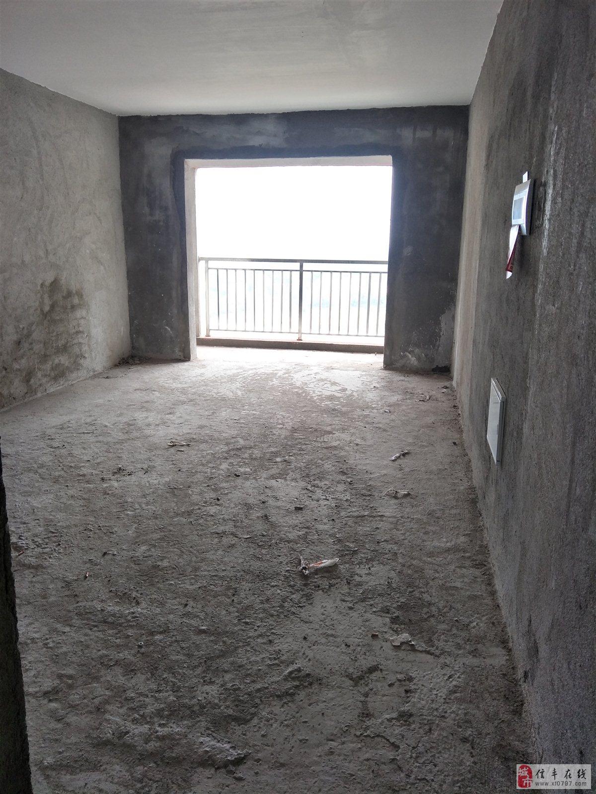 山水中央公园3室2厅1卫45万元
