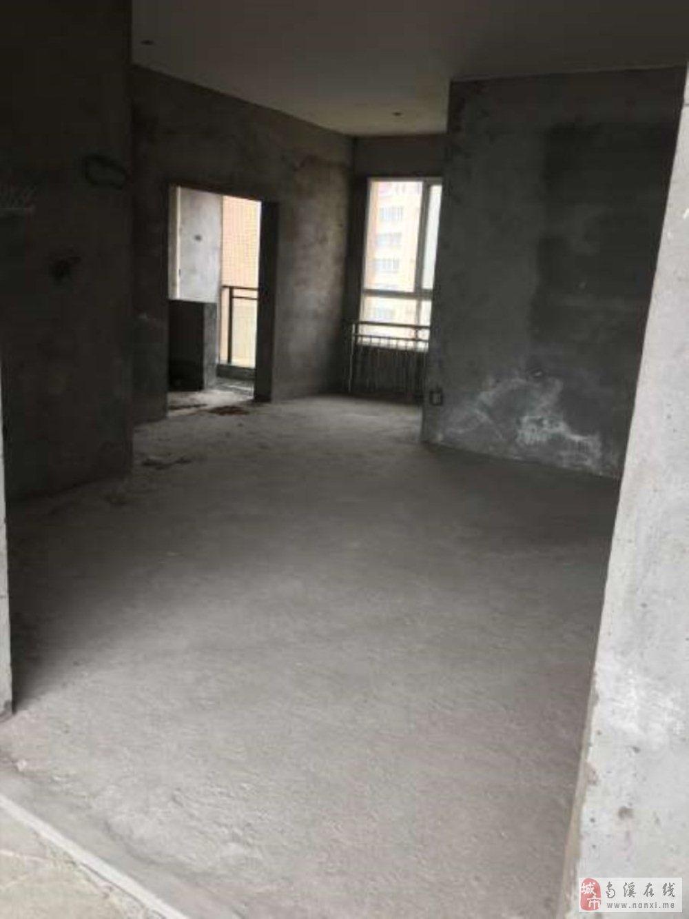 江景房  最便宜  巴塞罗那3室2厅2卫74.8万元