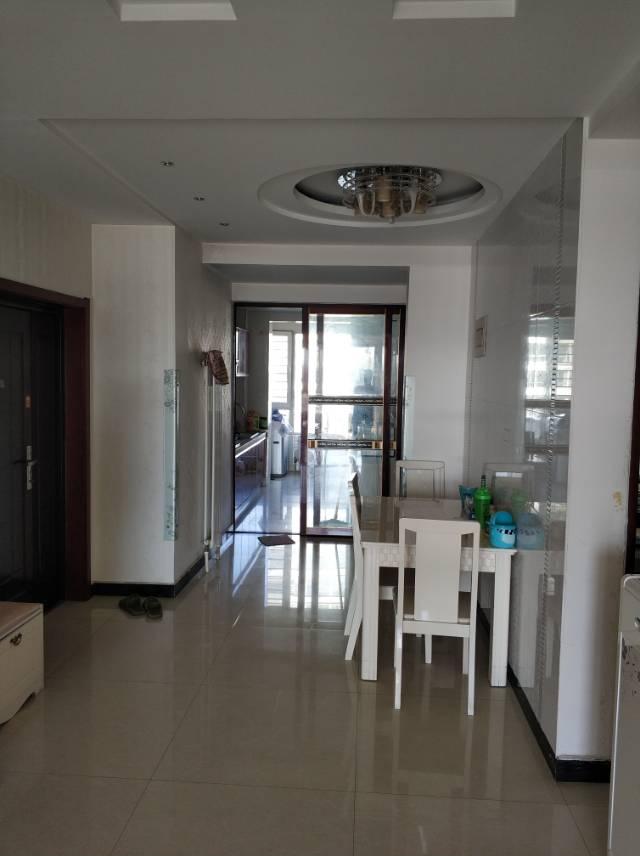 石化新村133平米精装3室价格低