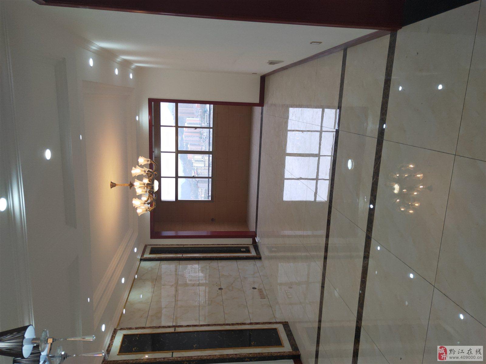 山台山精装三房,独立洗衣房,超大客厅厨房