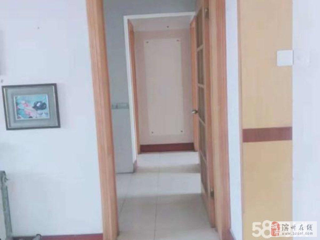 名仕嘉园3室2厅1卫88万元