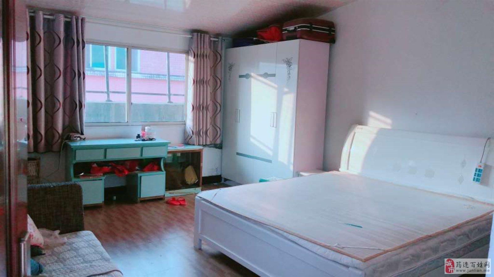 新华桥5室2厅2卫80万元
