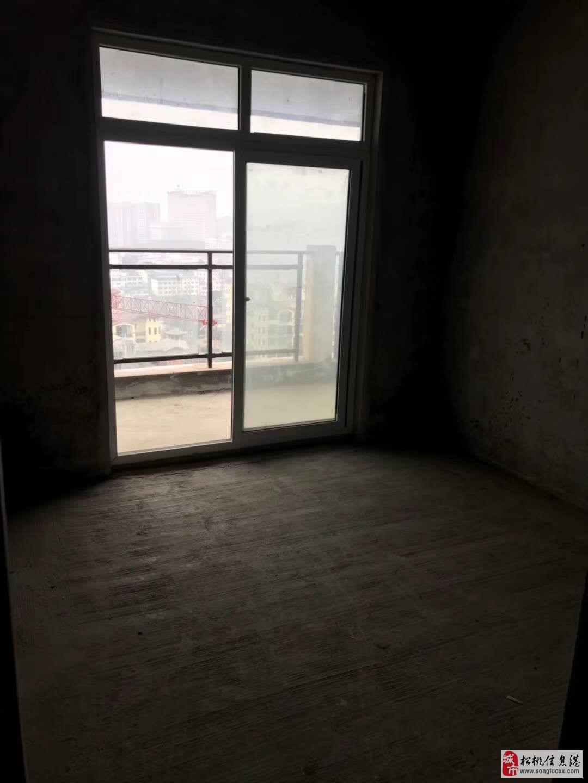 低价急售希望城电梯3室2厅2卫38.8万元