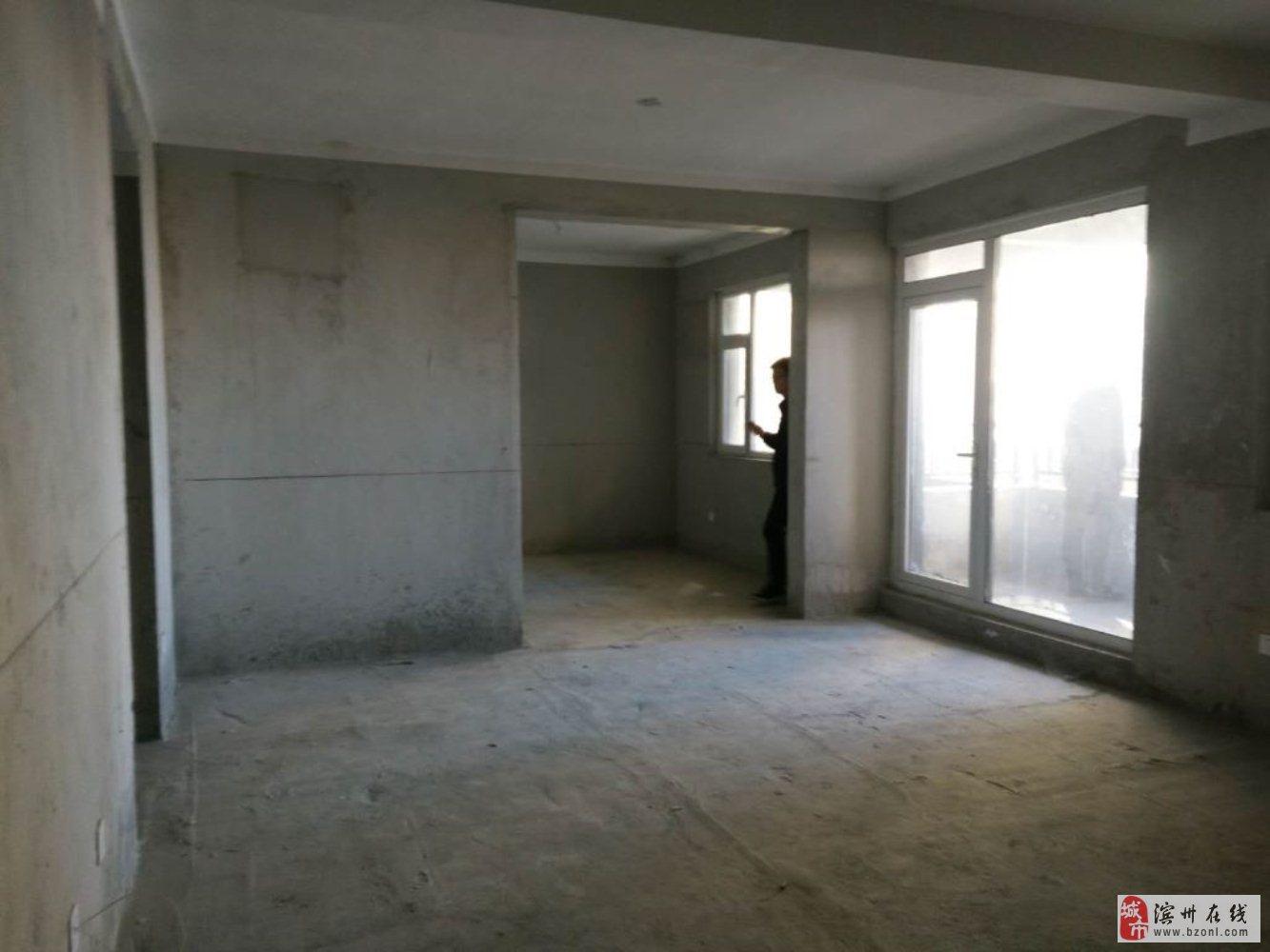 中海壹號3室2厅2卫138万元
