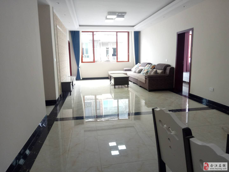 一转盘正临街新房新装修未入住过4室2卫52.8万元