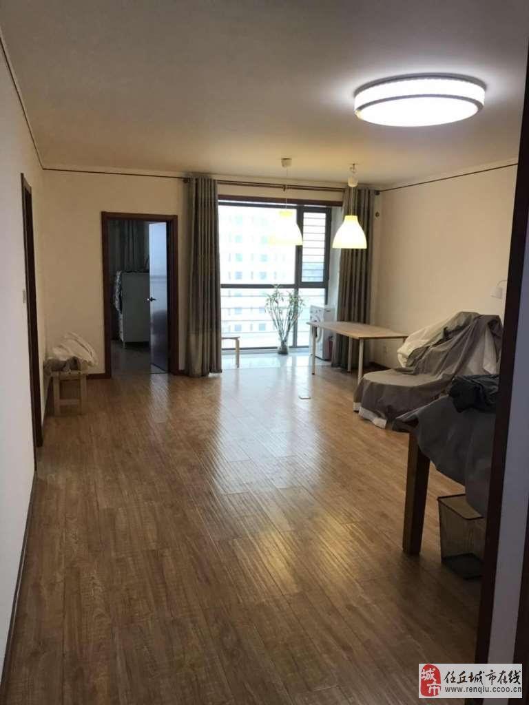 梅园三期8楼103平精装婚房没住人老本可贷款
