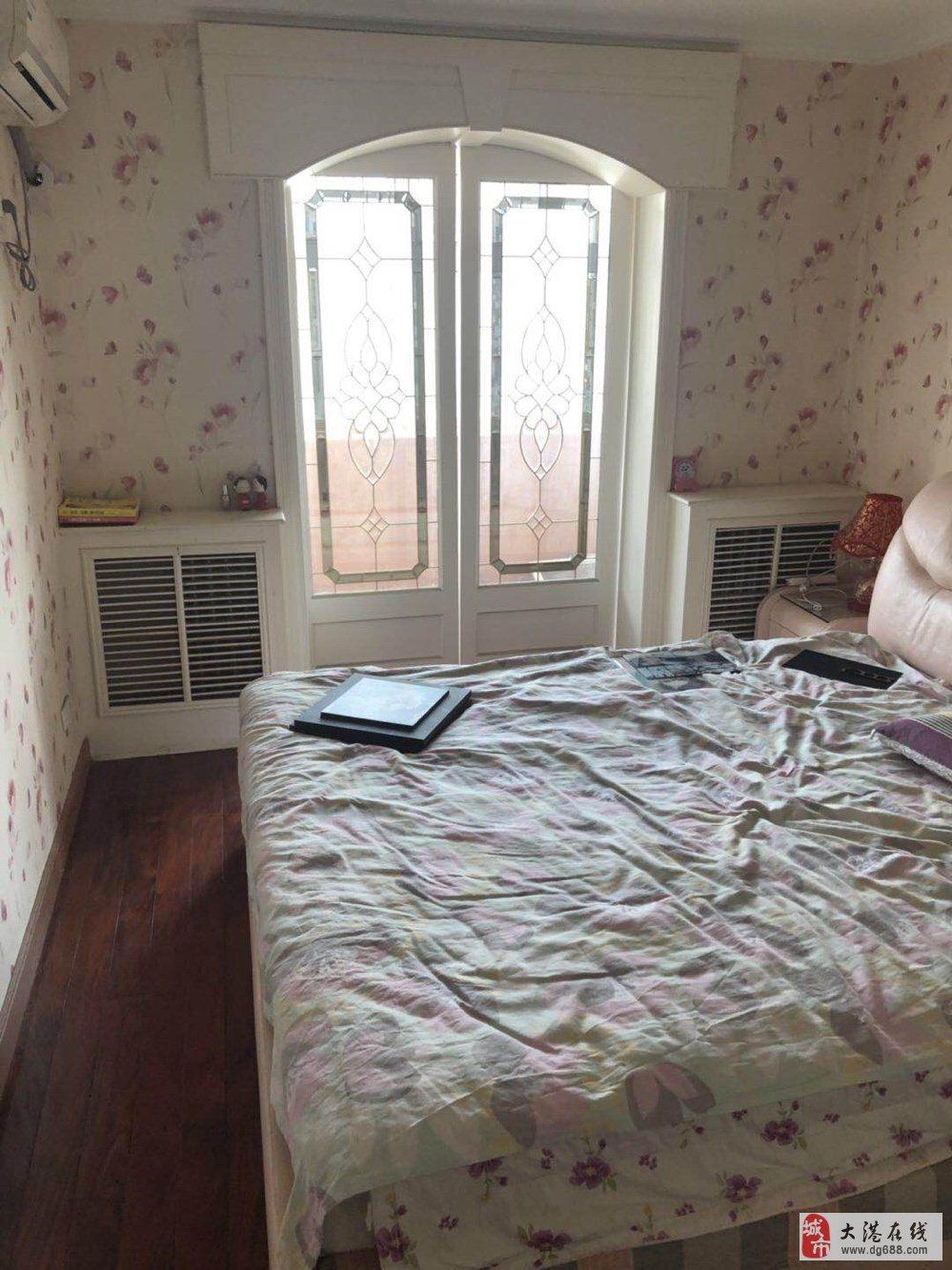 曙光里黄金楼层两室两厅一卫74.12平76万可议送家具家电