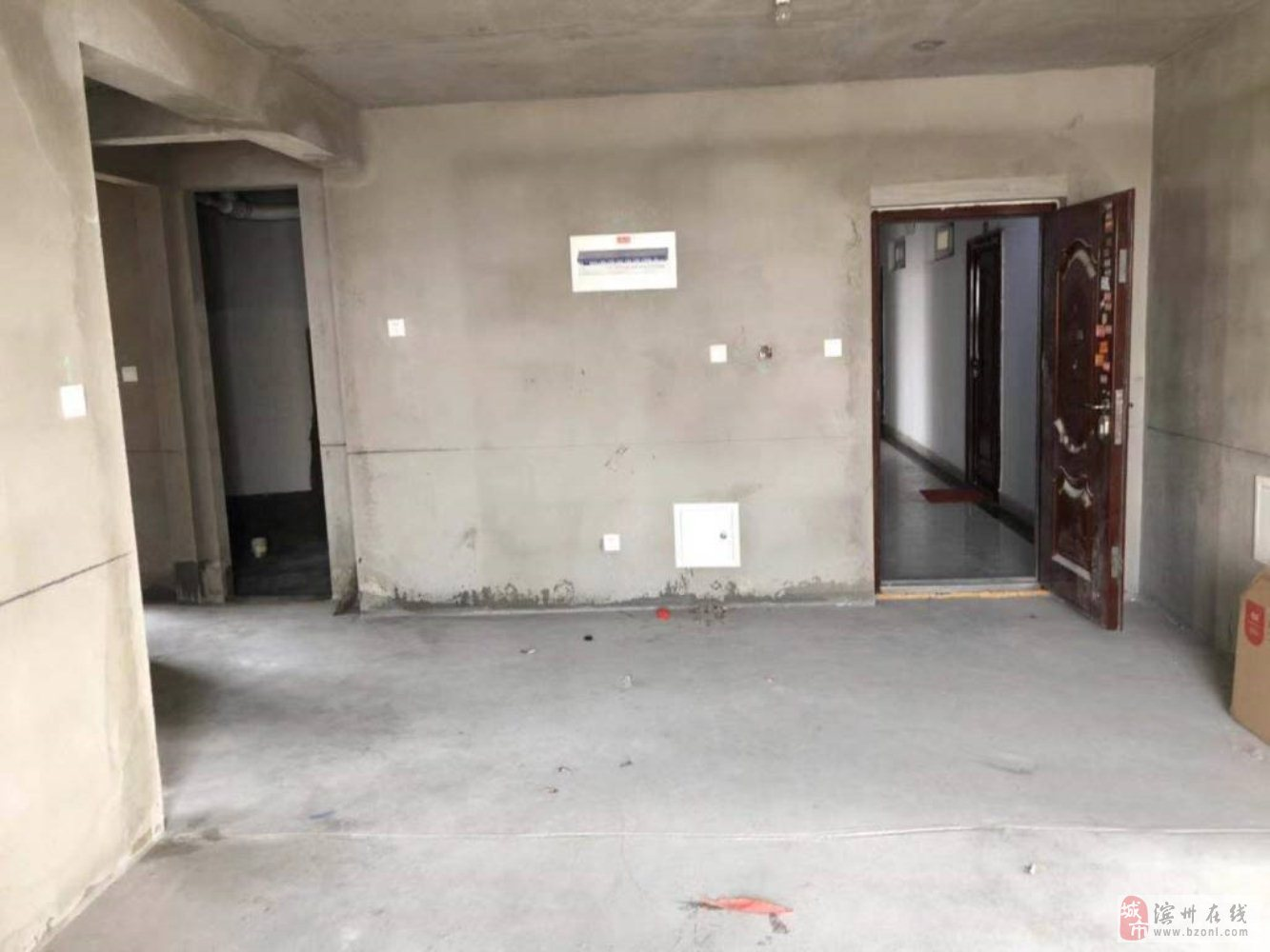 海通·秦皇郡110平3室99万元毛坯