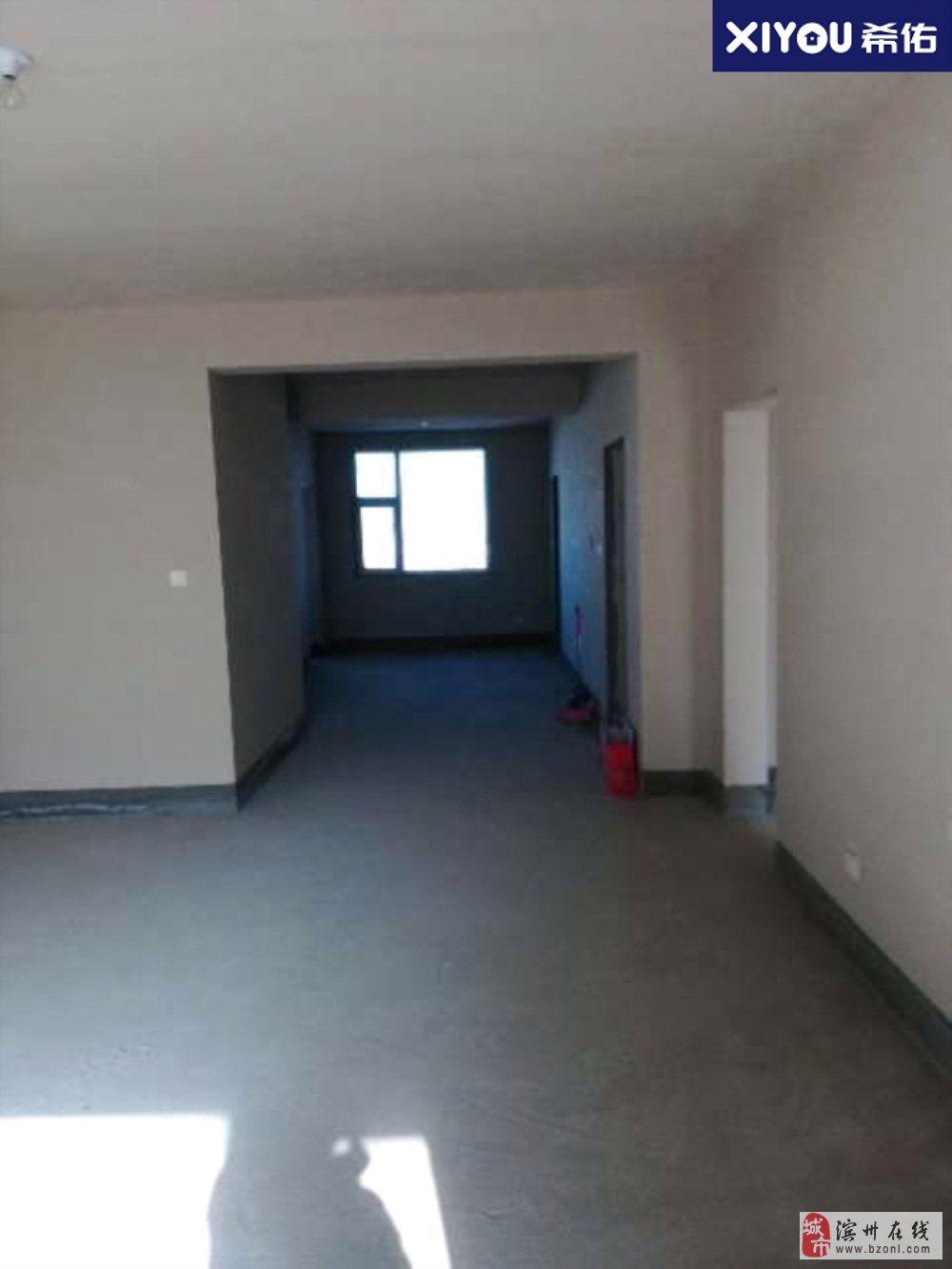安联风度柏林老实验学区大4室带储南北通透