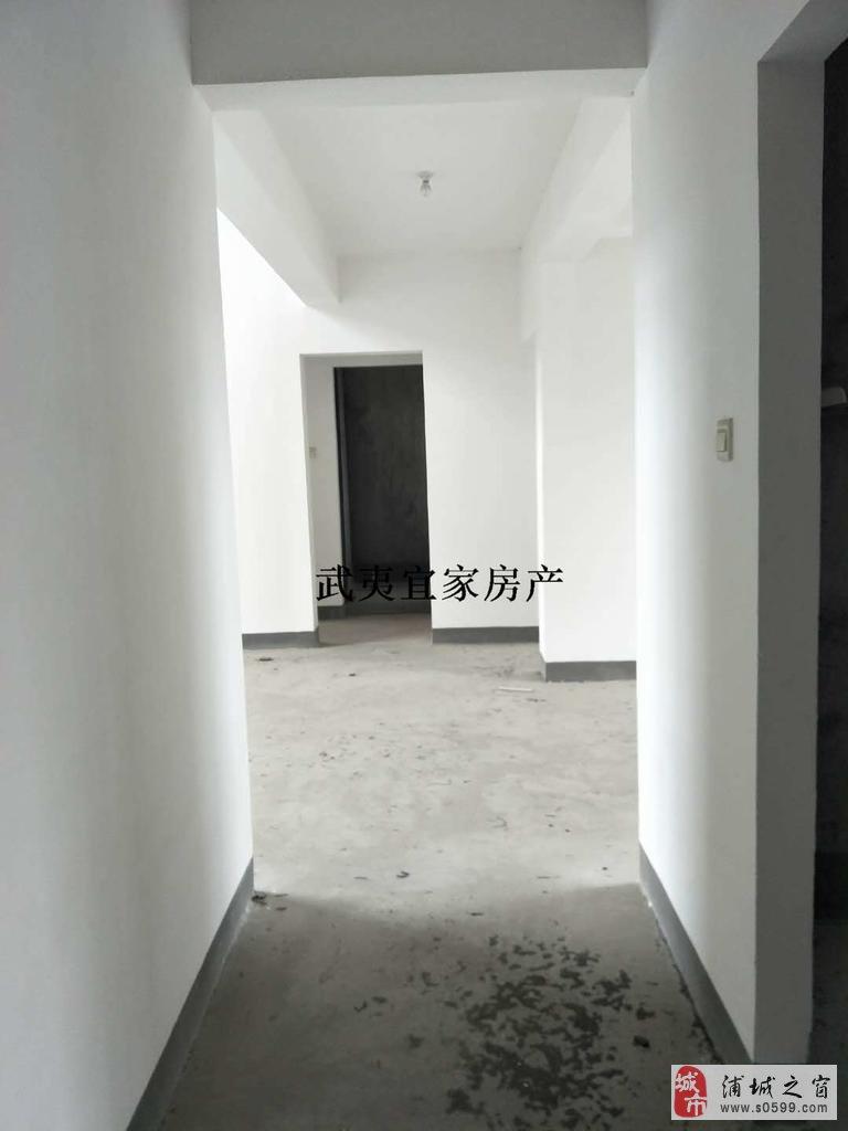 5室2厅2卫160万元毛坯复式楼