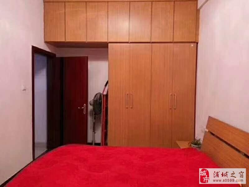 荣兴集团2室1厅1卫23.8万元