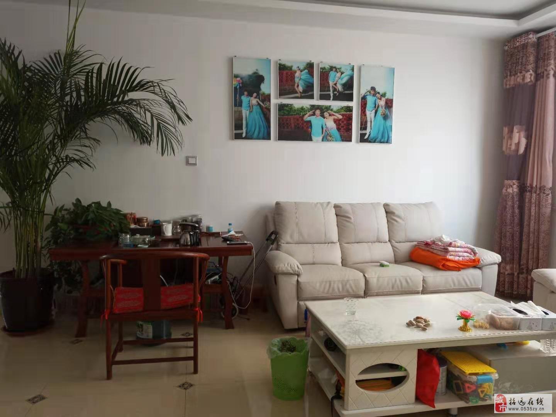 5462金都佳苑1樓127.72平米精裝帶家具