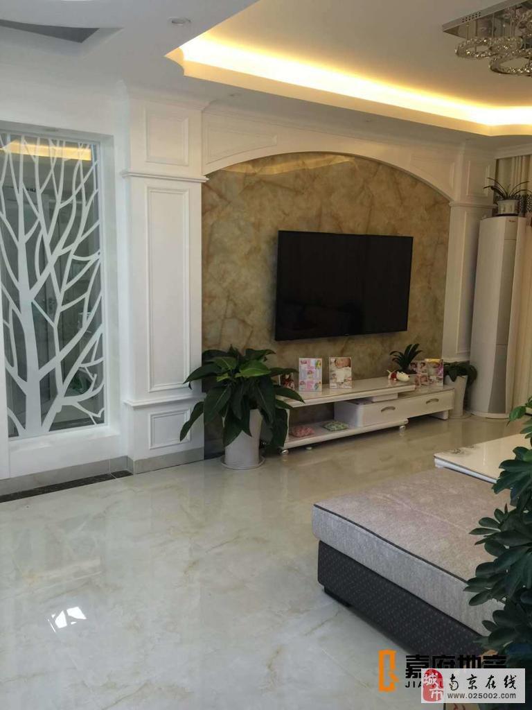 仙林悦城小区3室2厅1卫128万元