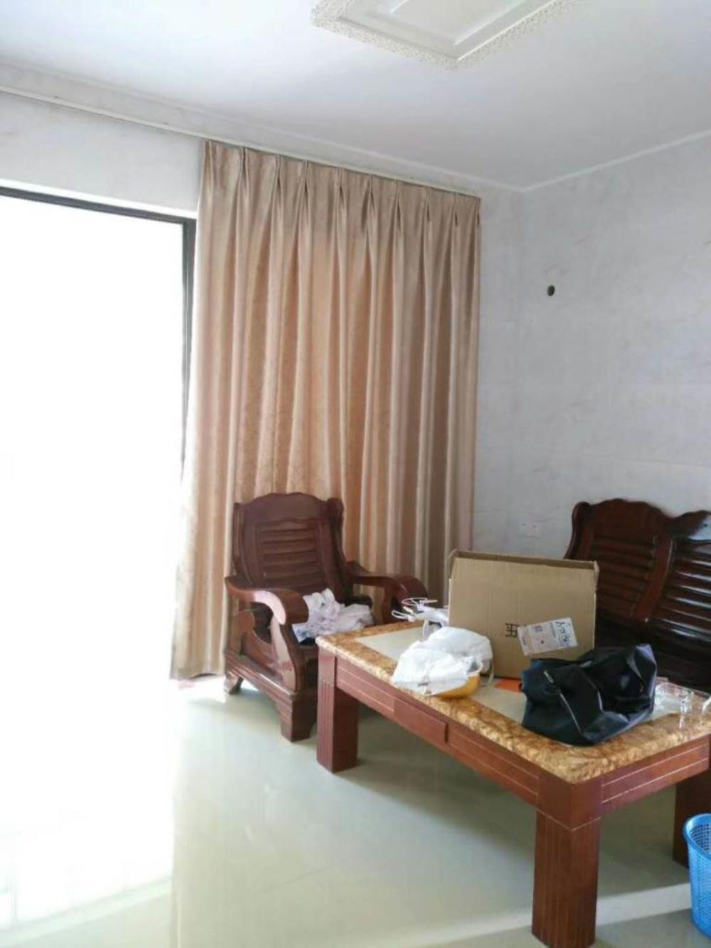 万达城市广场3室2厅2卫87万元