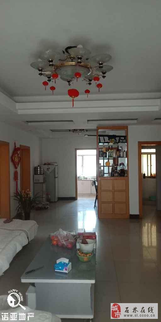 天奇锦苑117平米中装带柴房3室2厅2卫46万元