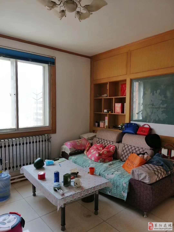 实验片富水小区一楼带小房38.8万客厅带窗