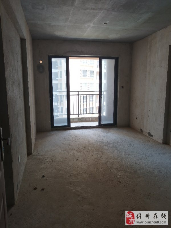 怡心花园毕竟自己二期70平毛坯2室2厅1卫39万元