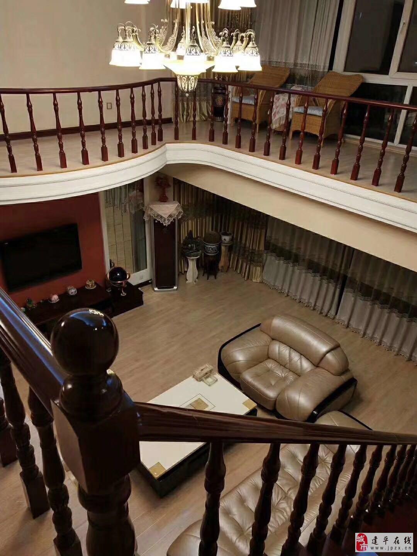 A佳霖豪府4室105万豪宅能贷款带车位地下室仓房