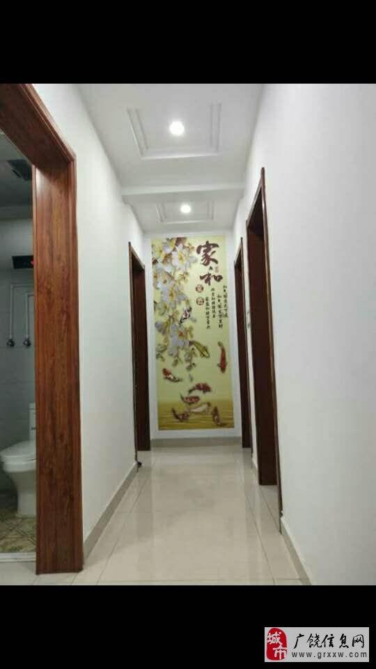 清华家园97平精装房60万免税带储藏室