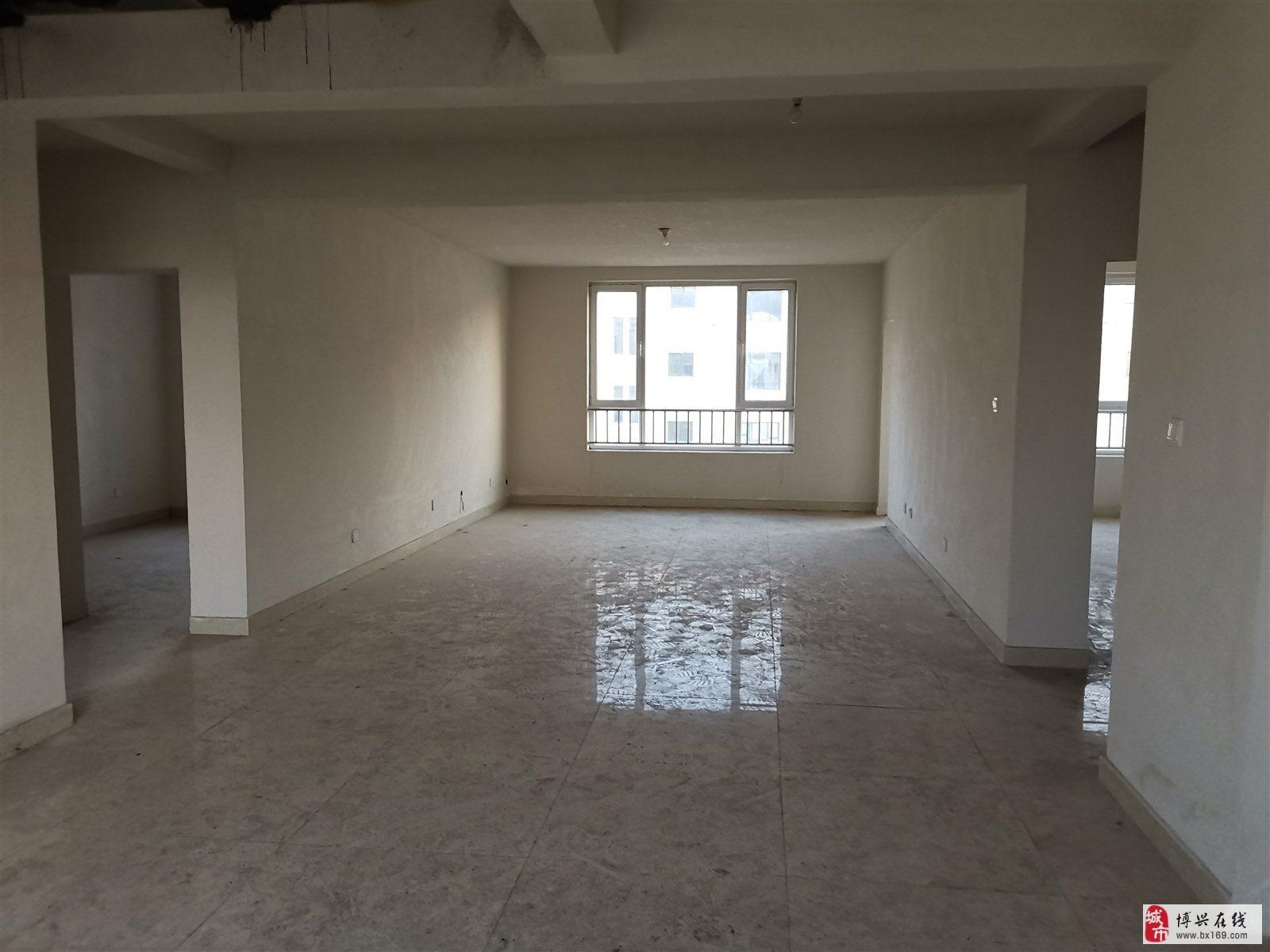 1784溪湖铭筑6室3厅2卫248万元