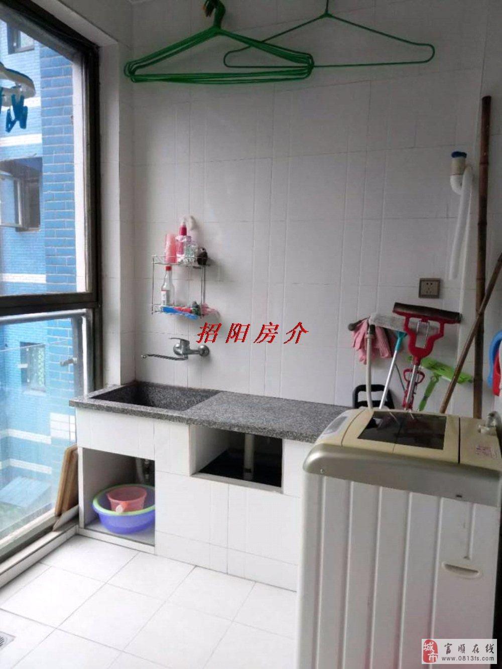 09335东湖上城黄金2楼2居室精装送双阳台