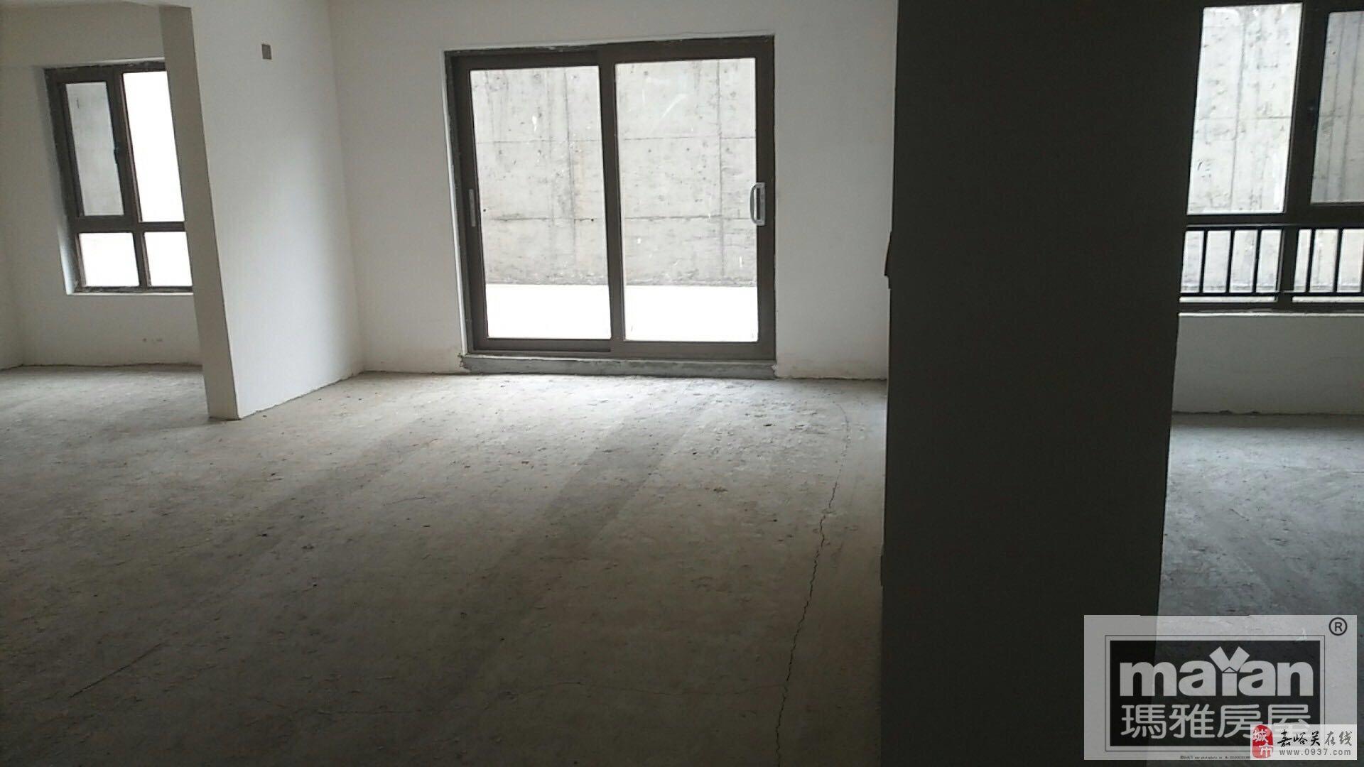 润泽公馆3室2厅1卫155万元