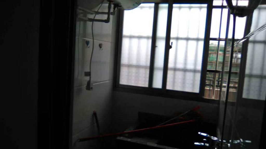 凤冠山庄1室1厅1卫52万元