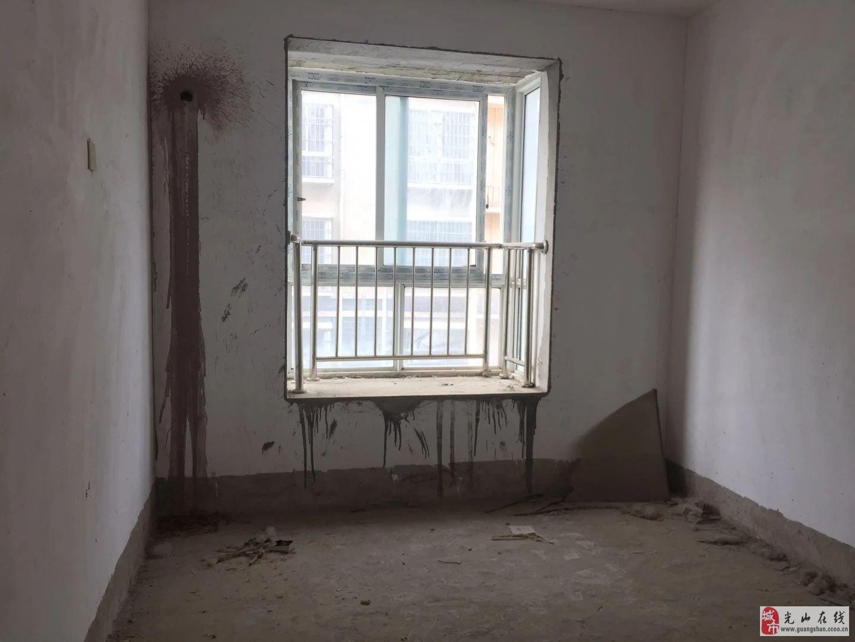 滨河花园3室2厅1卫73万元