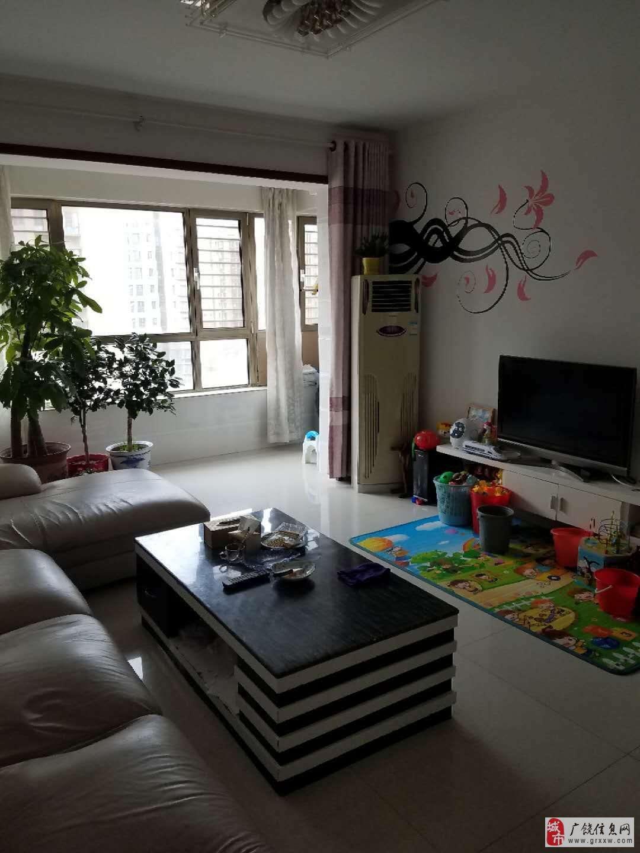 丽景豪庭136平精装房7楼带车库免税115万元