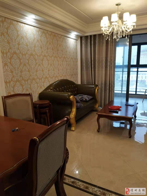 水榭丹提温馨1室1厅1卫42万59平米