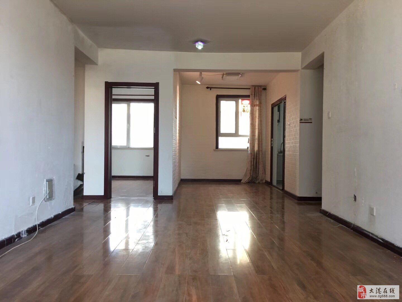 福渔园一楼两室通厅带装修随时看房有钥匙