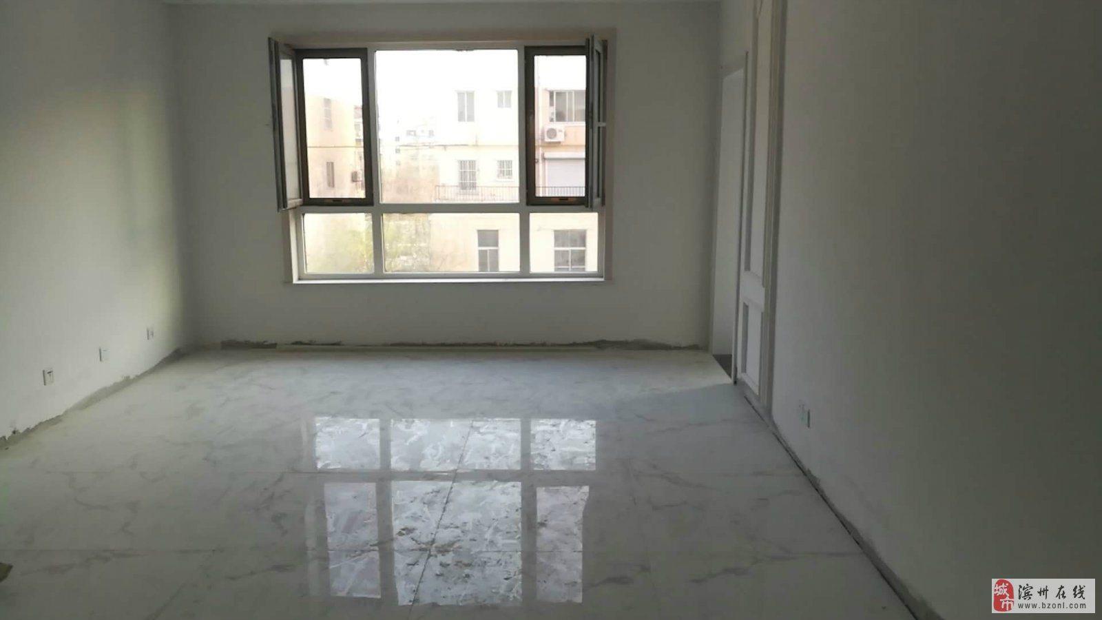 安康花园多层三楼132平精装未住带向阳大车库47万5