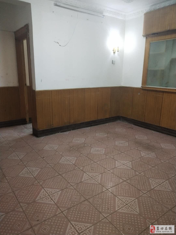 勤俭小区4室1厅1卫37万元
