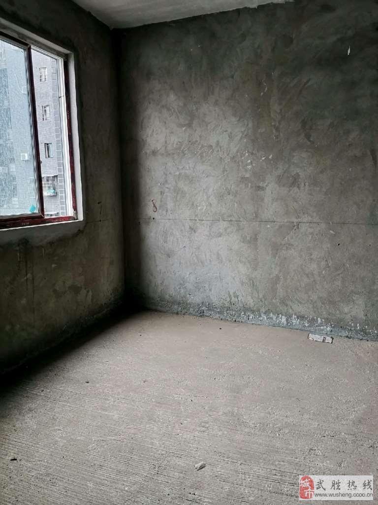 富源世家3室2厅2卫65万元