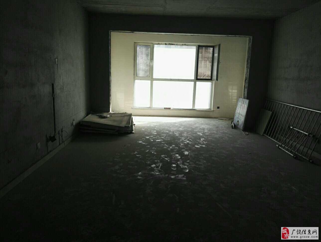 大海经典205平大平层5室2厅2卫175万元