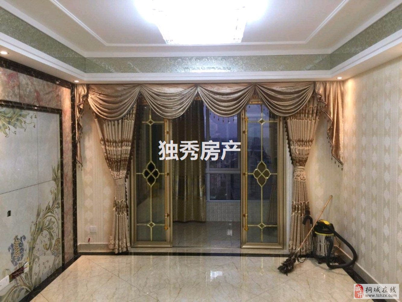 龙腾锦绣城豪装三室中间楼层南北通透采光好100万元