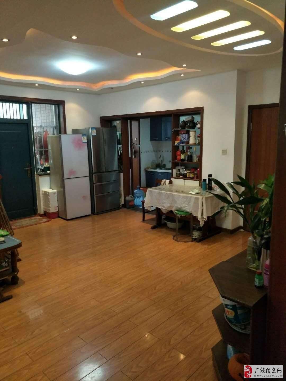 东方丽景3室2厅1卫,储藏室,带车库118万