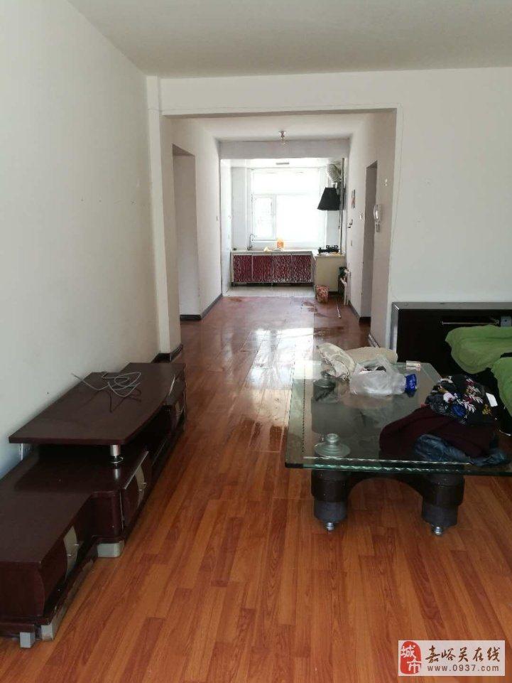 农丰家园2室2厅1卫精装38万元