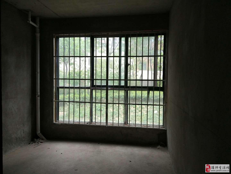 天明城一期·3室2厅1卫145万元带负一楼满两年