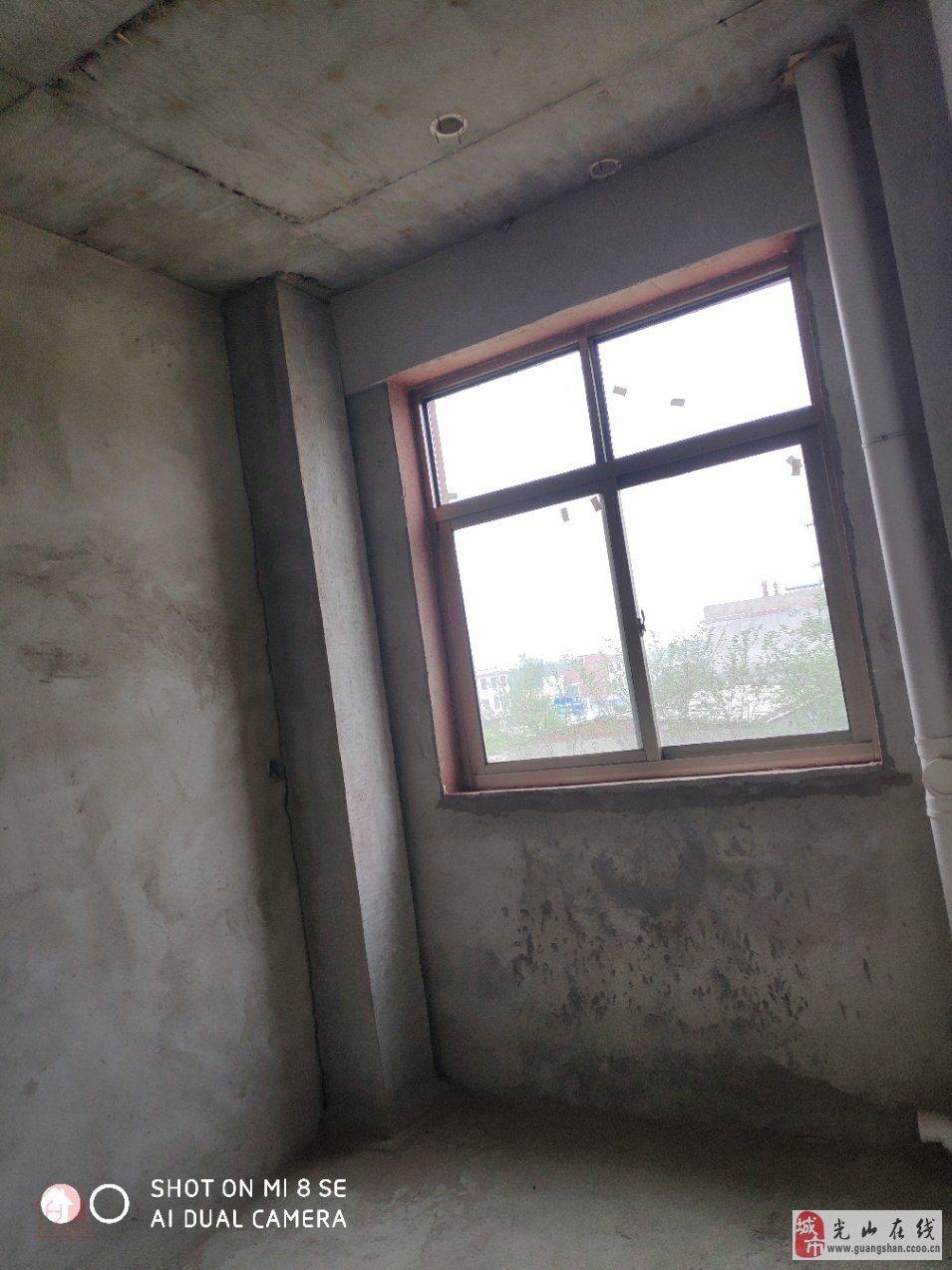 光州路三环里以内自建3室2厅2卫72万元