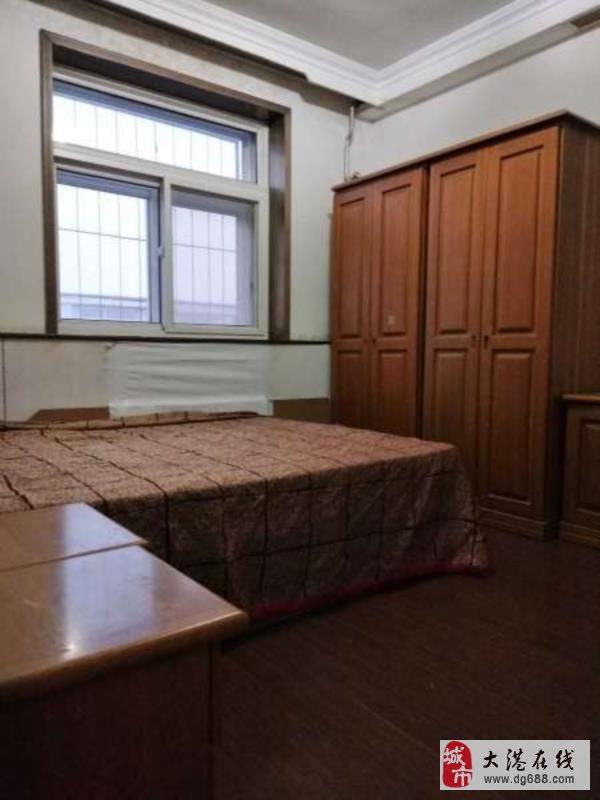 采油小区2室1厅1卫28万元