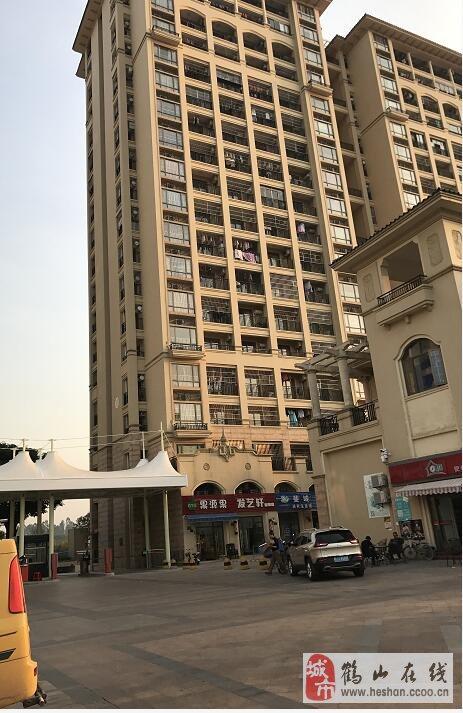 投资笋盘!坚美园高层40房1室1厅1卫有阳台32万