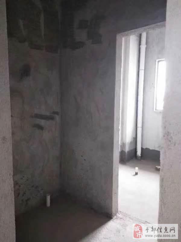 天成名都3室2厅2卫59.8万元