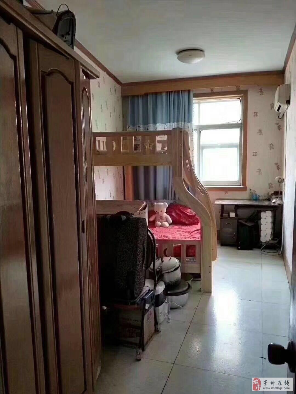 泰和苑4楼82平2室2厅1卫42万+储藏室