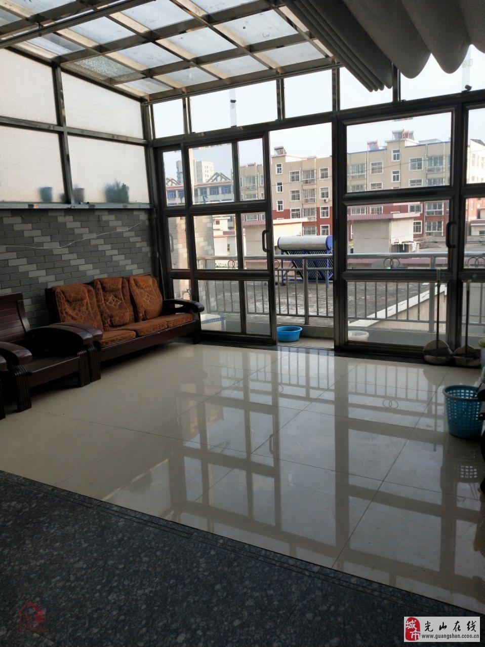 海营街时代楠园对面三楼3室2厅2卫69万元